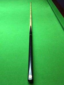 cc323 Snooker cue plain ebony and ash